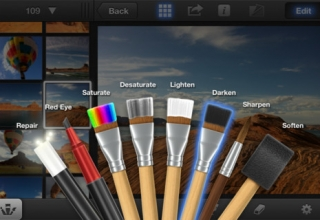 [How-To] Install iPhoto / iMovie on iOS 5.0.1 – Jailbroken iPhone 4S / iPad 2