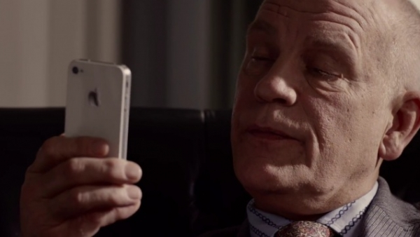 Apple Airing New iPhone 4S / Siri Ads Featuring Actor John Malkovich