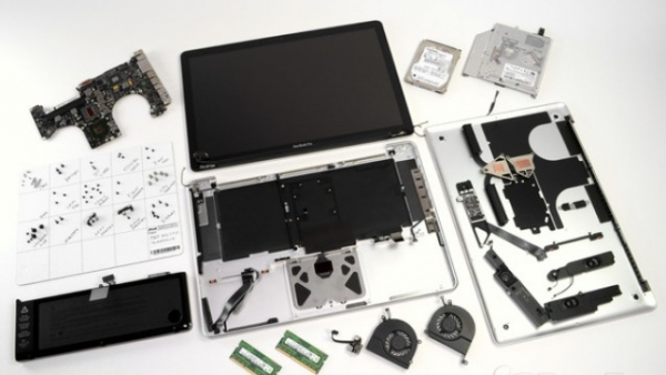 iFixit Teardown Reveals The 'Standard' MacBook Pro Repairability Is The Same