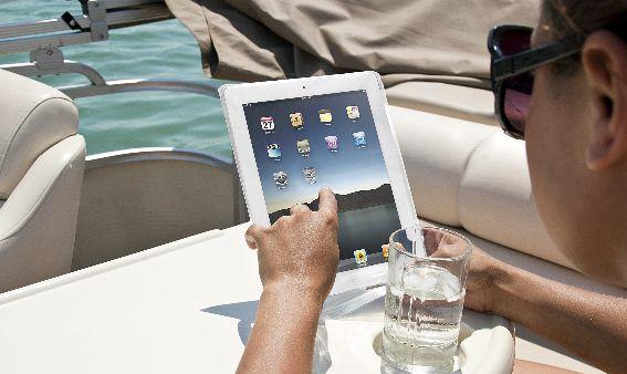 SmartWraps: A ZipLock Bag For Your iPhone/iPad