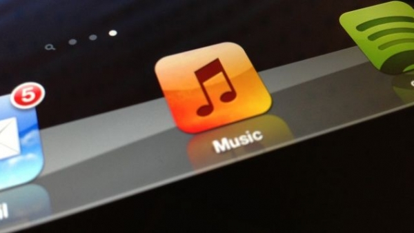 MySpace Owns The Trademark On Apple's Music Logo
