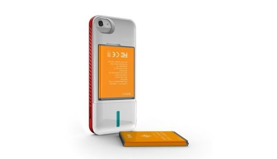 [CES 2013] iBattz iPhone 5 Battery Case And External Power Packs