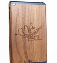 [CES 2013] Toast Makes Unique Wood Skins For Your iOS Devices