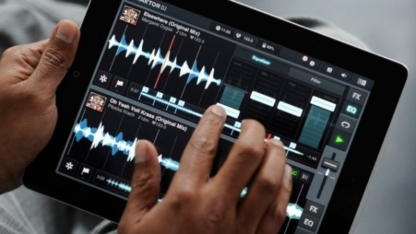 Traktor DJ For iPad Is Amazing