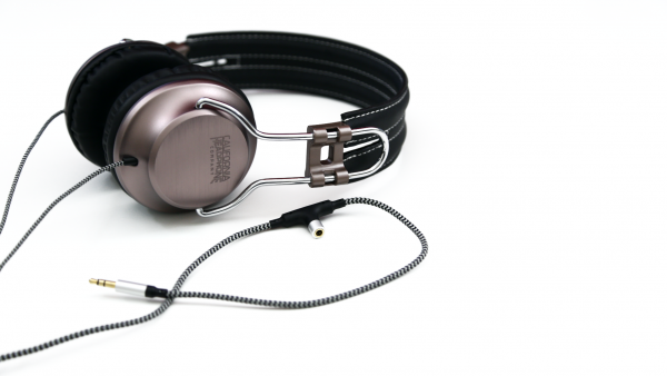 [Review] California Headphones: Laredo Series