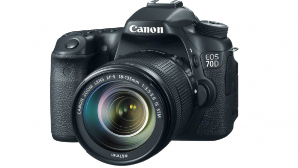 Canon EOS 70D Unboxing And Overview