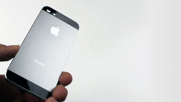 [Hands-On] Leaked Graphite iPhone 5S Housing